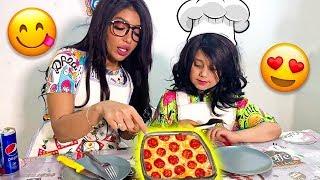 طريقة البيتزا مع ماما و نور على طريقتهم 🤤