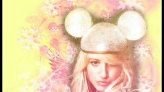 Ashley Tisdale - Last Christmas / / w/ lyrics