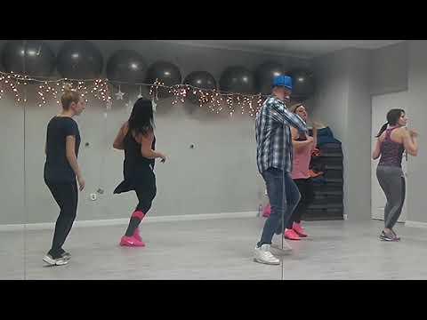 """""""Ona tańczy"""" Doniu"""