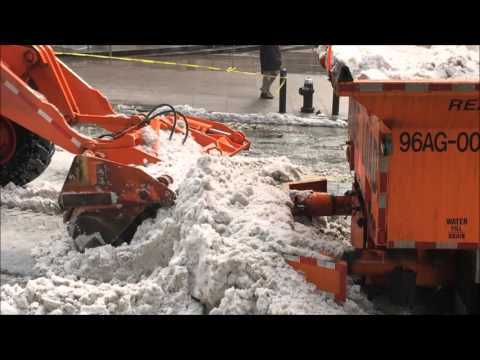 COMPILATION OF DSNY & IT'S HERCULEAN EFFORTS OF DEALING WITH WINTER STORM JONAS IN MANHATTAN, NYC.