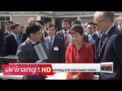 President Park promotes hydrogen fuel-cell vehicle cooperation in Grenoble