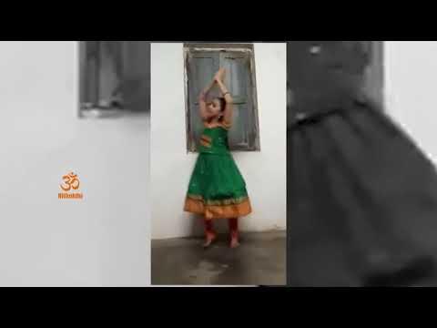 Cute Girl Traditional Dance On Garuda Gamana Tava | Telugu Devotional Song