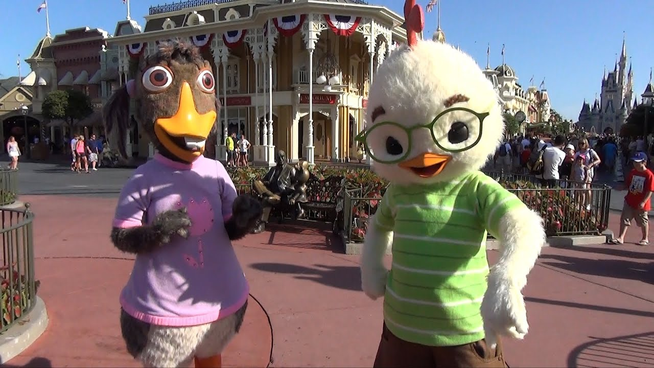 Uncategorized Chicken Little And Abby chicken little and abby mallard greet us during long lost friends week 2 limited time magic youtube