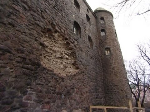 В Выборге снова обвалился фрагмент южной стены Замка