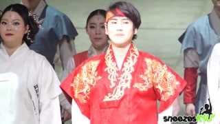 [Sneezes' Cam]140118 Kyuhyun Moon Embracing the Sun (First Performance)
