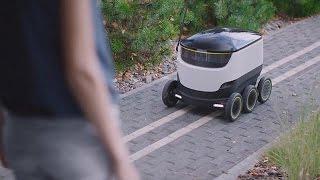 شاهد..بدء تشغيل روبوت يوصل الطلبات للمنازل في أوروبا