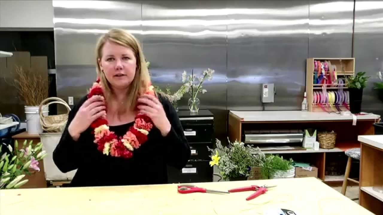 How to make diy carnation leis youtube how to make diy carnation leis izmirmasajfo