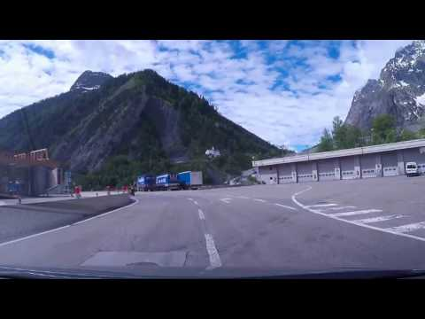 Driving in Italy : Tunnel du Mont Blanc - Aosta