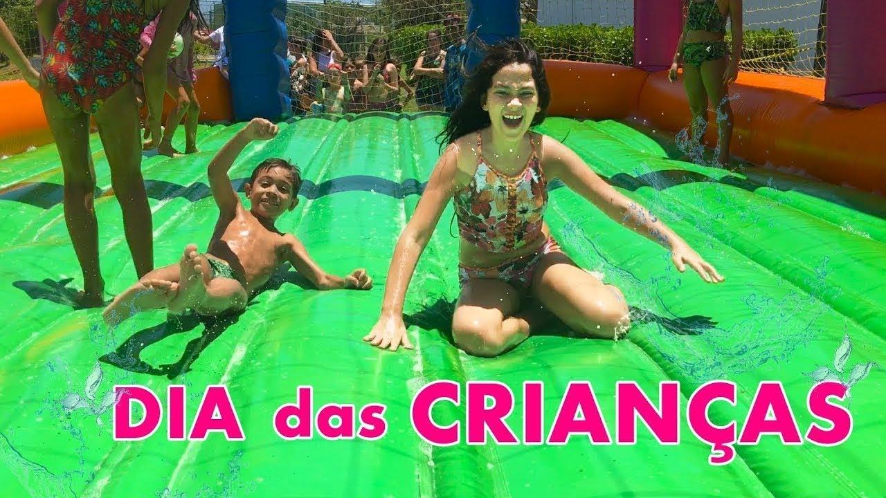 DIA DA DIVERSÃO NA PISCINA - Brincadeira no Dia das Criancas Parque Aquatico - Bela Bagunça