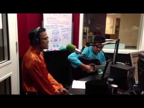 Anuar Zain - Bersabarlah Sayang acoustic iR Radzi