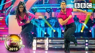 Kelvin and Oti Showdance to Shout by The Isley Brothers - The Final | BBC Strictly 2019