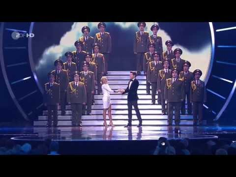 Helene Fischer in duet with Vincent Niclo & The Red Army Choir - Skyfall - Velodrom Berlin - Adele mp3
