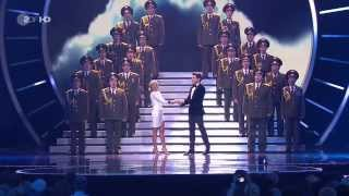 Helene Fischer in duet with Vincent Niclo & The Red Army Choir - Skyfall - Velodrom Berlin - Adele