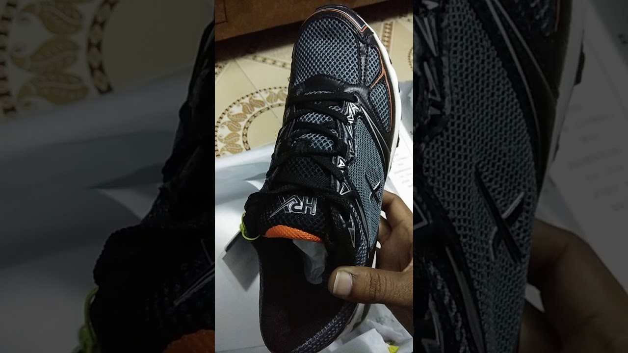 0408fba7219 HRX SHOES UNBOXING - YouTube