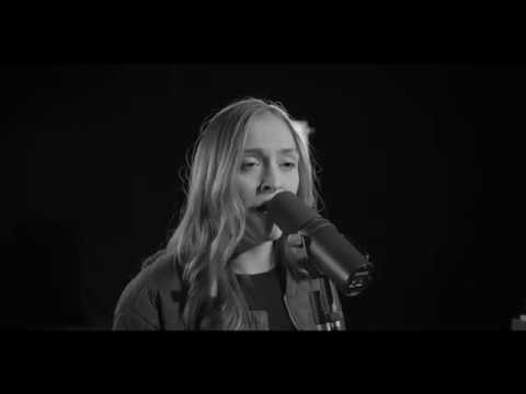 Liana - Good Intentions (Live Session)
