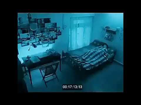 Hantu cantik memperkosa orang tidur