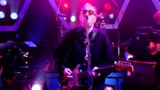 Elvis Costello - (I Don