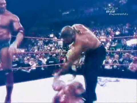 Orton vs HHH