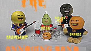 Annoying Orange Full Kitchen Intruder Song free MP3 download!