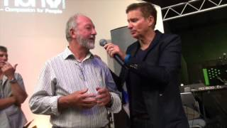 Itchy eyes and blurred vision healed during prayer - John Mellor Healing Ministry