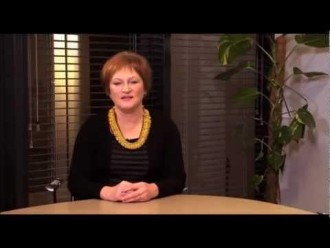 Energetikos ministrė Birutė Vėsaitė ves liaudį į tarybinį rytojų