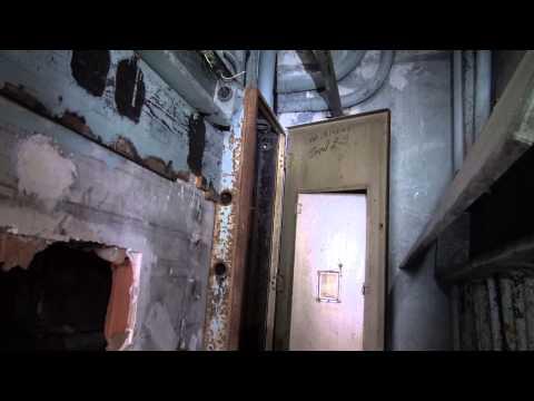 Exploring Scary Abandoned American Life Insurance Building Birmingham Alabama
