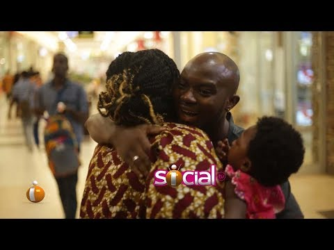 King Promise hugs random people at The Mall - The Dare