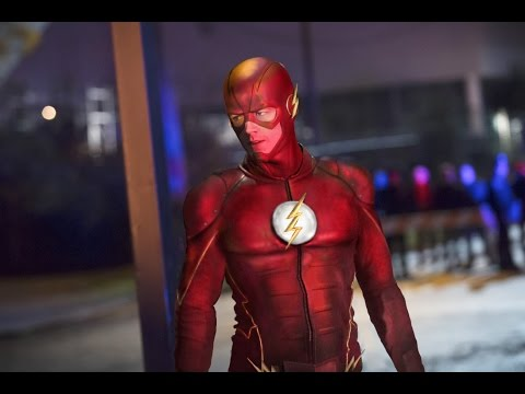 The Flash New Suit For Season 2 On The CW #SDCC