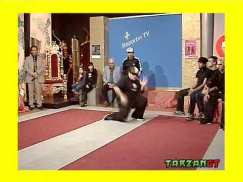 Poppin & Breakdance Boogieman ft. B - Will a Reporter TV 15/02/09