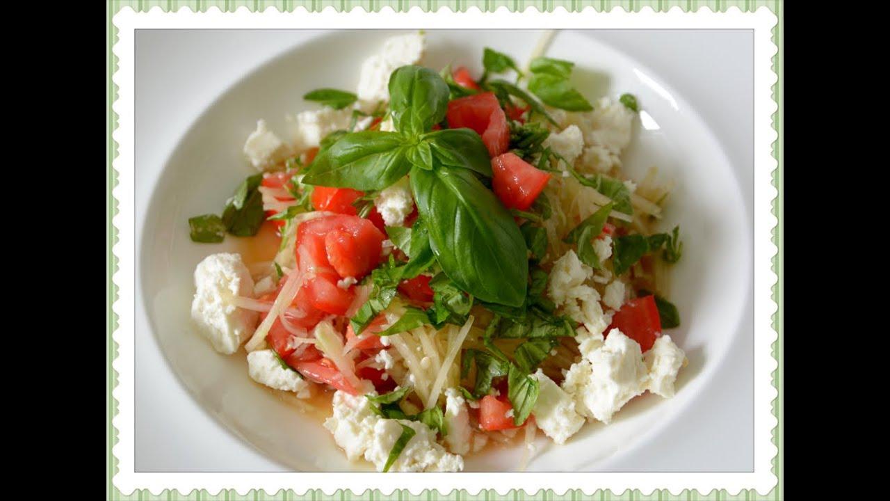 tomaten gurken salat mit feta vom balkongarten youtube. Black Bedroom Furniture Sets. Home Design Ideas