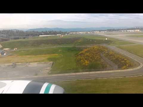 Landing at Seattle-Tacoma International Airport Alaska Airlines