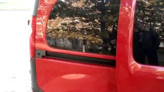 Работа электропривода двери на Renault Kangoo, Volkswagen Caddy(, 2013-10-12T15:37:22.000Z)