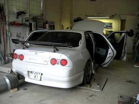 Nissan Gtr R33 >> R33 4-door GT-R - YouTube