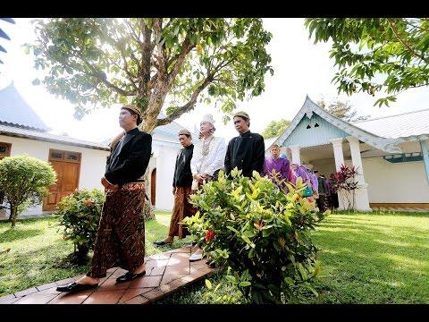 video wedding paling romantis, gita & dimas di ndalem ngabean Jogja - indonesia (DJI Ronin)