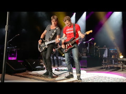 Keith Urban and Frankie Ballard -