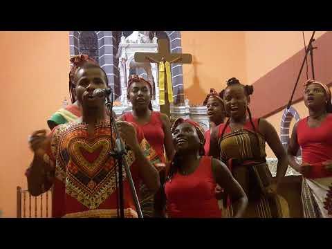 malagasy gospel eau de coco au tampon