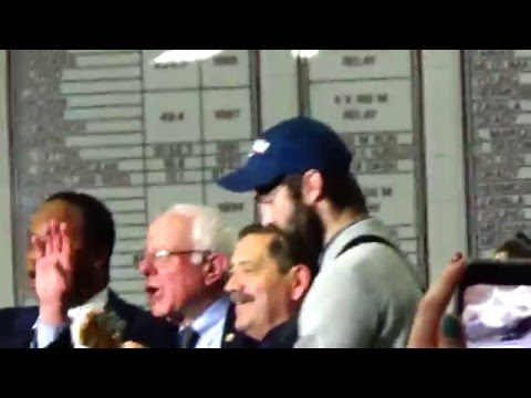 This Land Is Your Land Live Bernie Sanders Rally 03-11-16