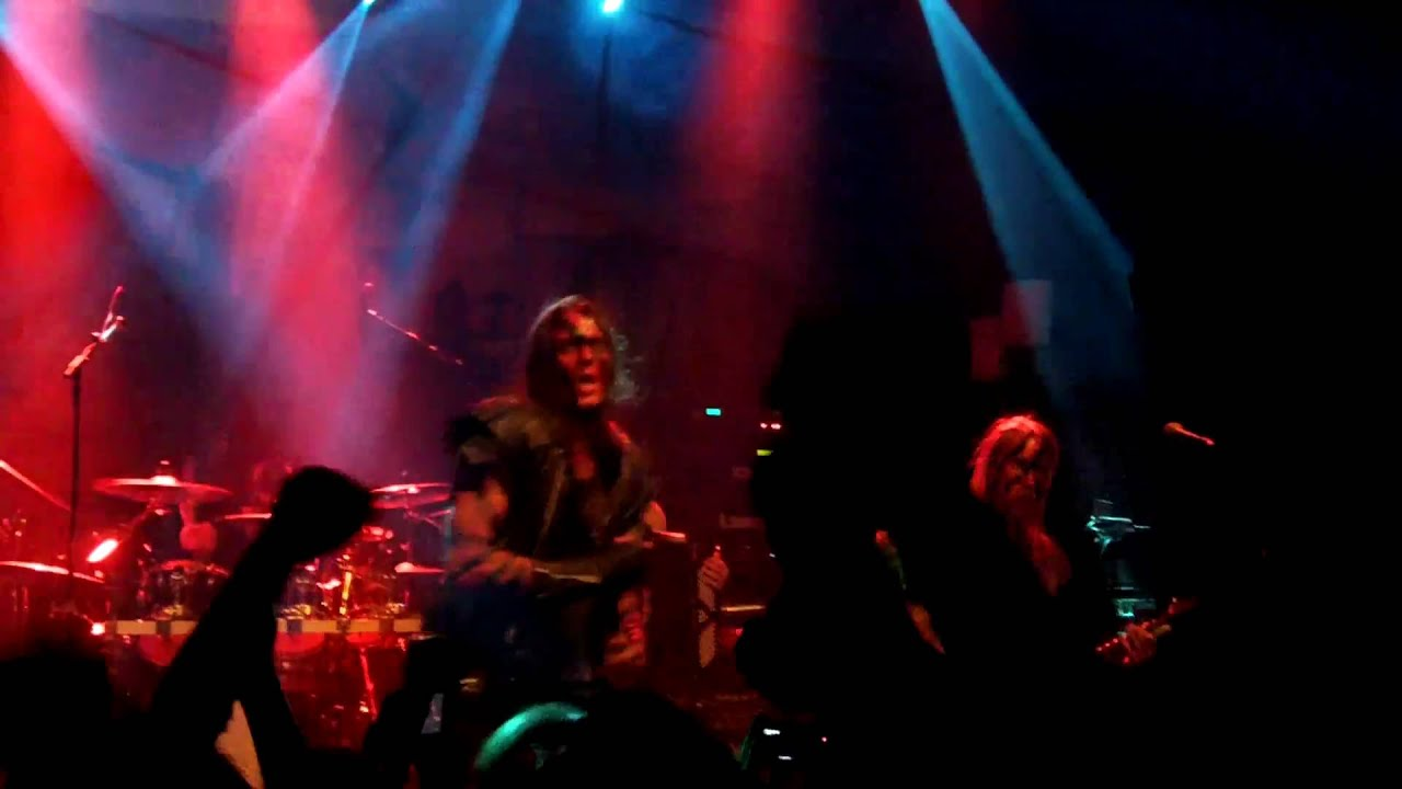 as torches rise turisas