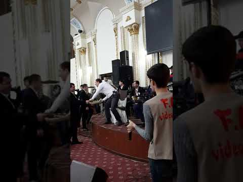 Dilshod Yo'ldoshev (doira) Ulug'bek (darbuka) Kamol Otayev (timbal) Va Sarbon Guruhi