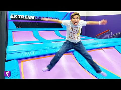 Altitude TRAMPOLINE Park! Getting Exercise with HobbyFamily and Vlog Review