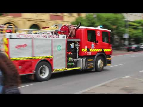 Melbourne MFB responding to an callout