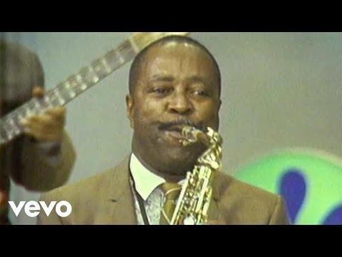 Louis Jordan & His Tympany Five - Caldonia (Live)