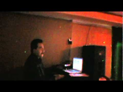Marcelos karaoke en NECHO'S Long Beach CA