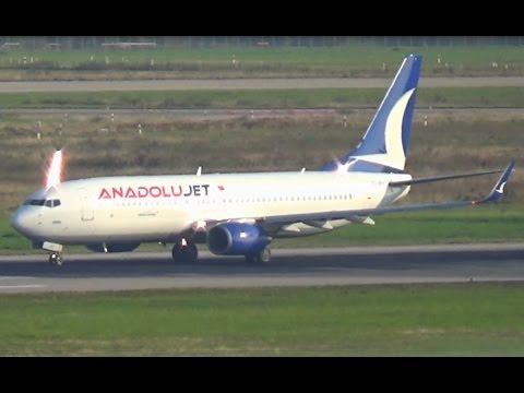 Takeoff Anadolujet B738 Düsseldorf Airport || TC-JFH