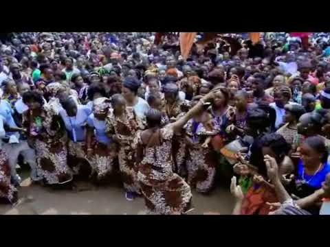 LE MOUNTOUTA DANSE TRADITIONNELLE DU CONGO BRAZZAVILLE MOUYONDZI