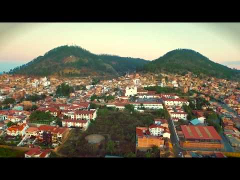 1er vuelo DJI Phantom 3 Pro en Sucre Bolivia - Phantom 3 Pro First Flight in Sucre Bolivia