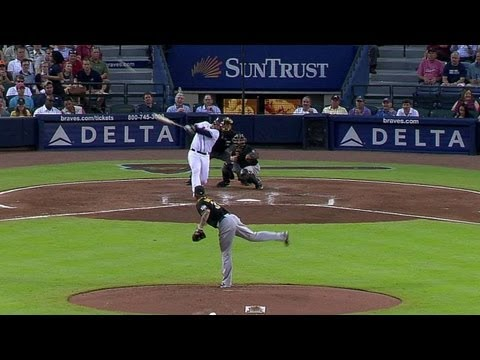 pit@atl:-mccann-goes-yard-to-give-the-braves-a-lead