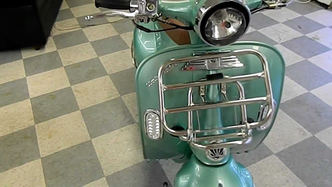 retro and vintage vespa style 150cc scooters by high style motoring youtube. Black Bedroom Furniture Sets. Home Design Ideas