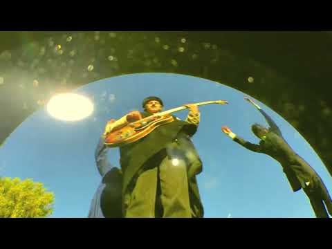 Bananagun - The Master [Official Video]