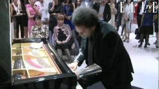 ジャズピアニスト エリック・ルイス氏がヴァレンティノに登場! 10月14...